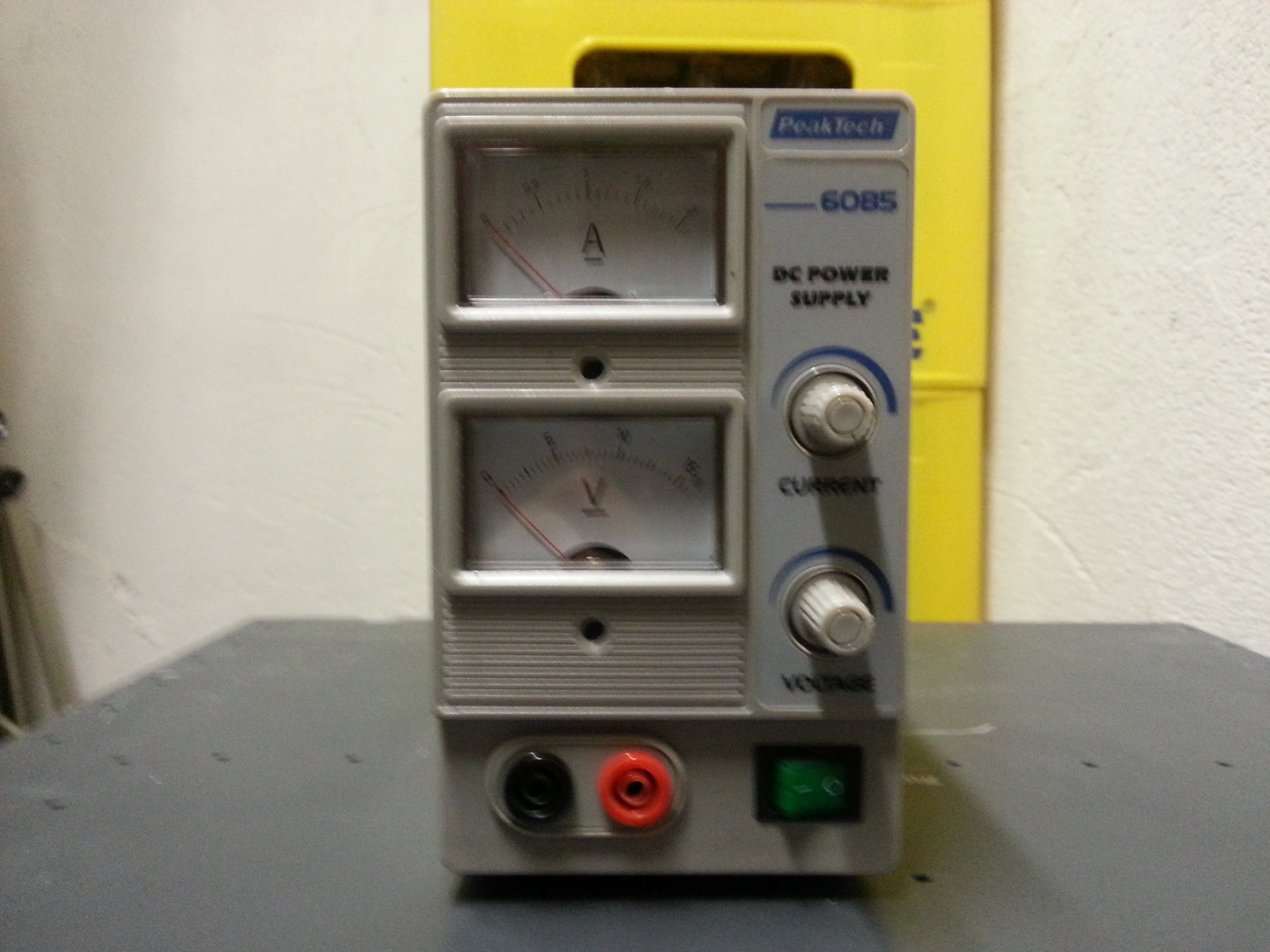 File:Tool_Lab dc power supply_Picture.jpg